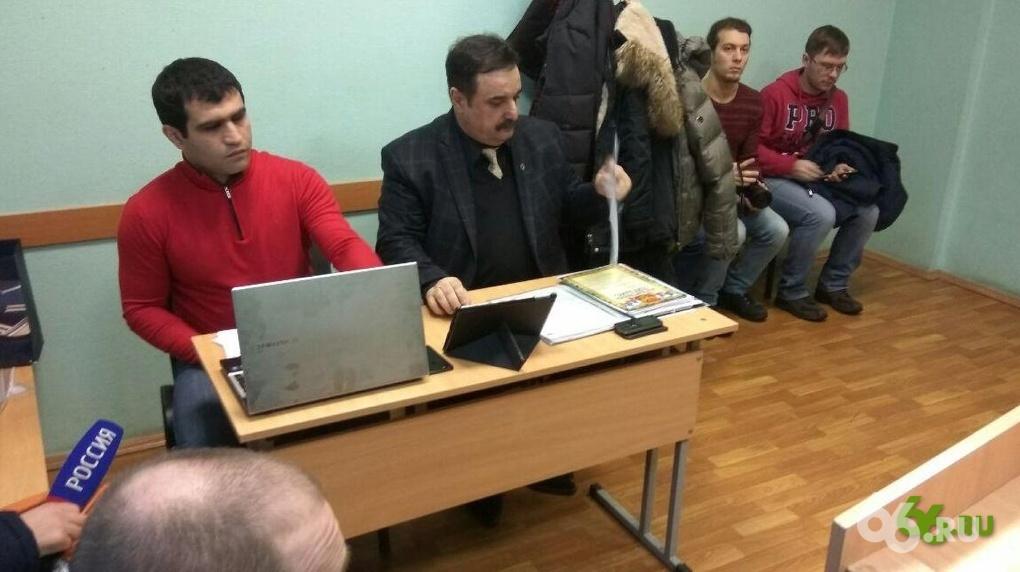 Свердловского депутата, подозревавшегося впьяном вождении, лишили прав