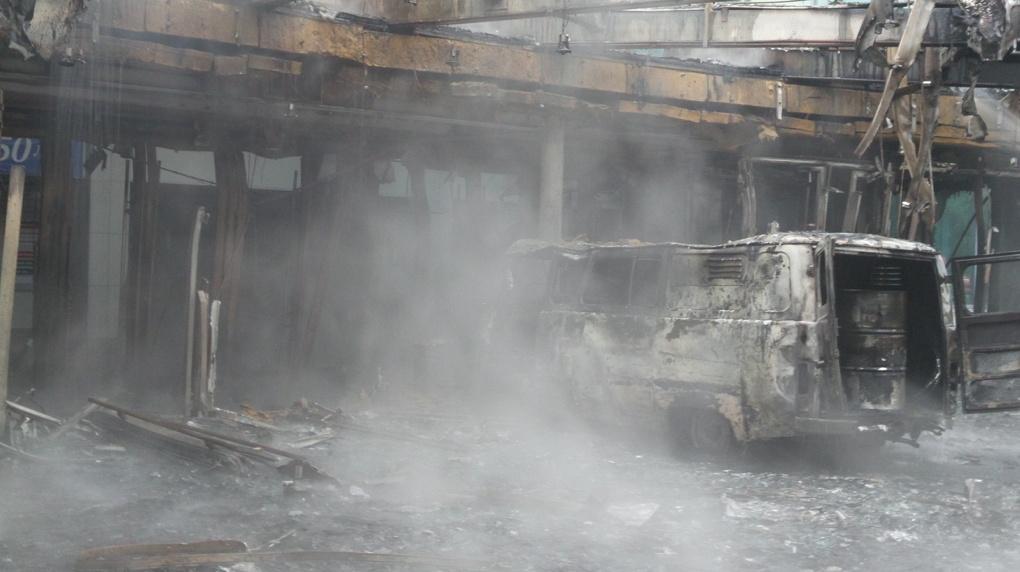 Начиненный газовыми баллонами УАЗ влетел вкинотеатр вЕкатеринбурге из-за фильма «Матильда»