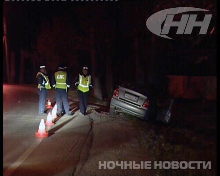 В Екатеринбурге водитель Hyundai погиб от удара о дерево