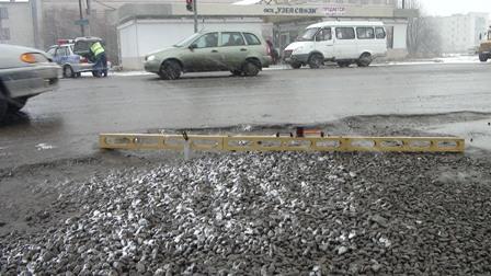 ГИБДД закрыла маршрут «Артемовский — Буланаш» из-за плохой дороги