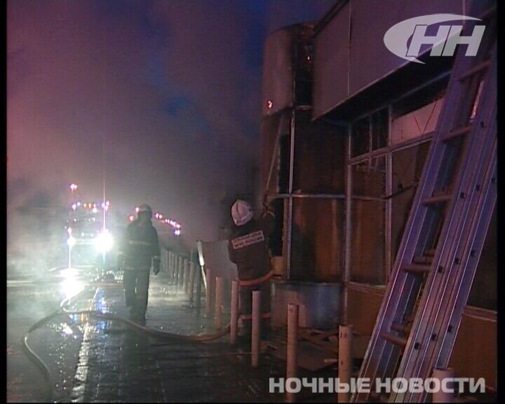 В Екатеринбурге сгорело кафе «Апшерон»