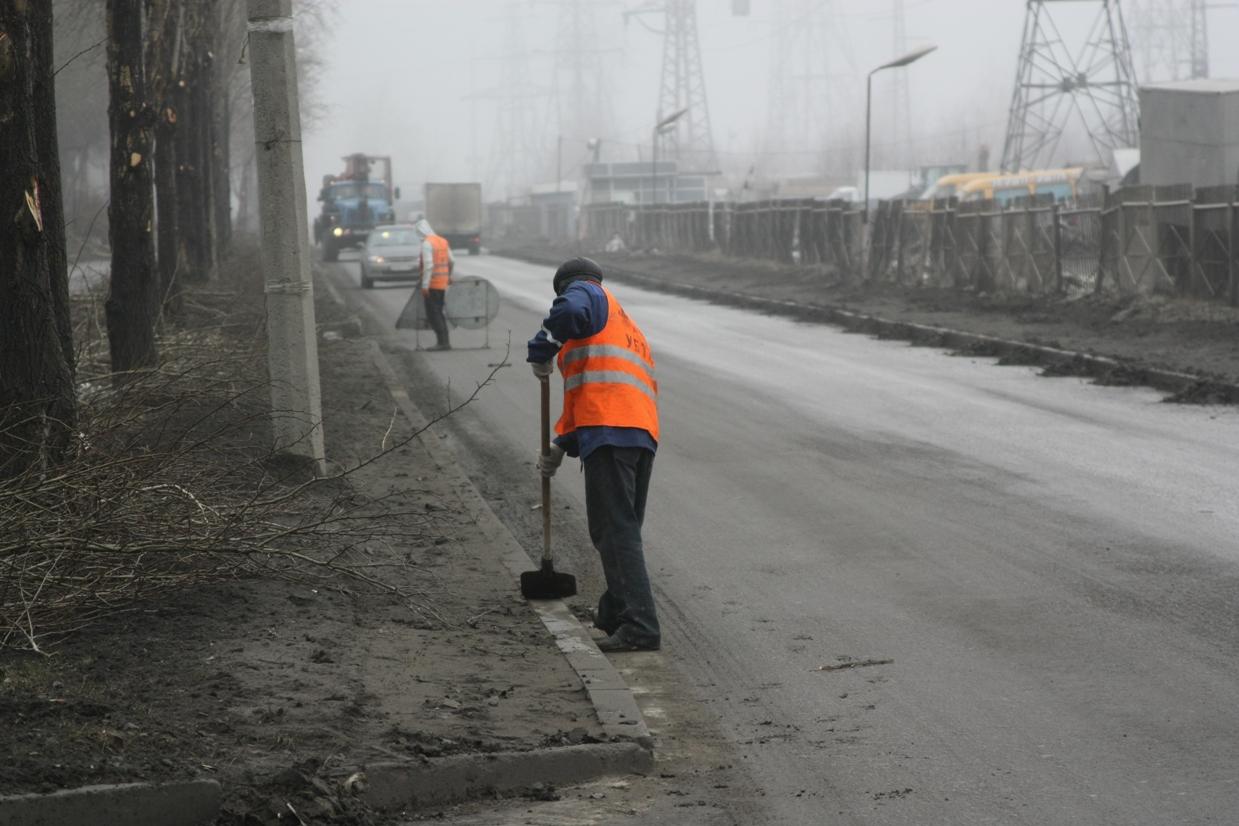Мэрия: уборщики улиц оставили после себя мешки с мусором