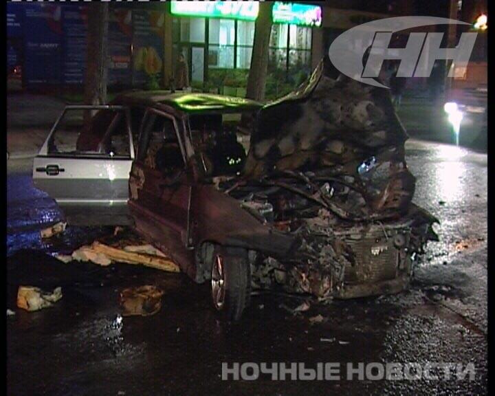 Водитель ВАЗа вылетел через стекло на проспект Космонавтов