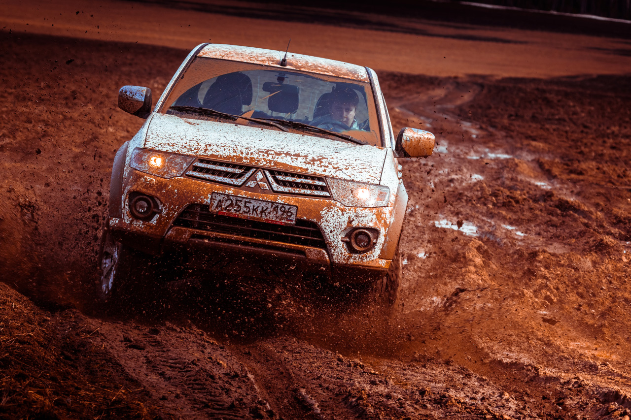 Старикам тут место? Ищем грязь на обновленном Mitsubishi L200