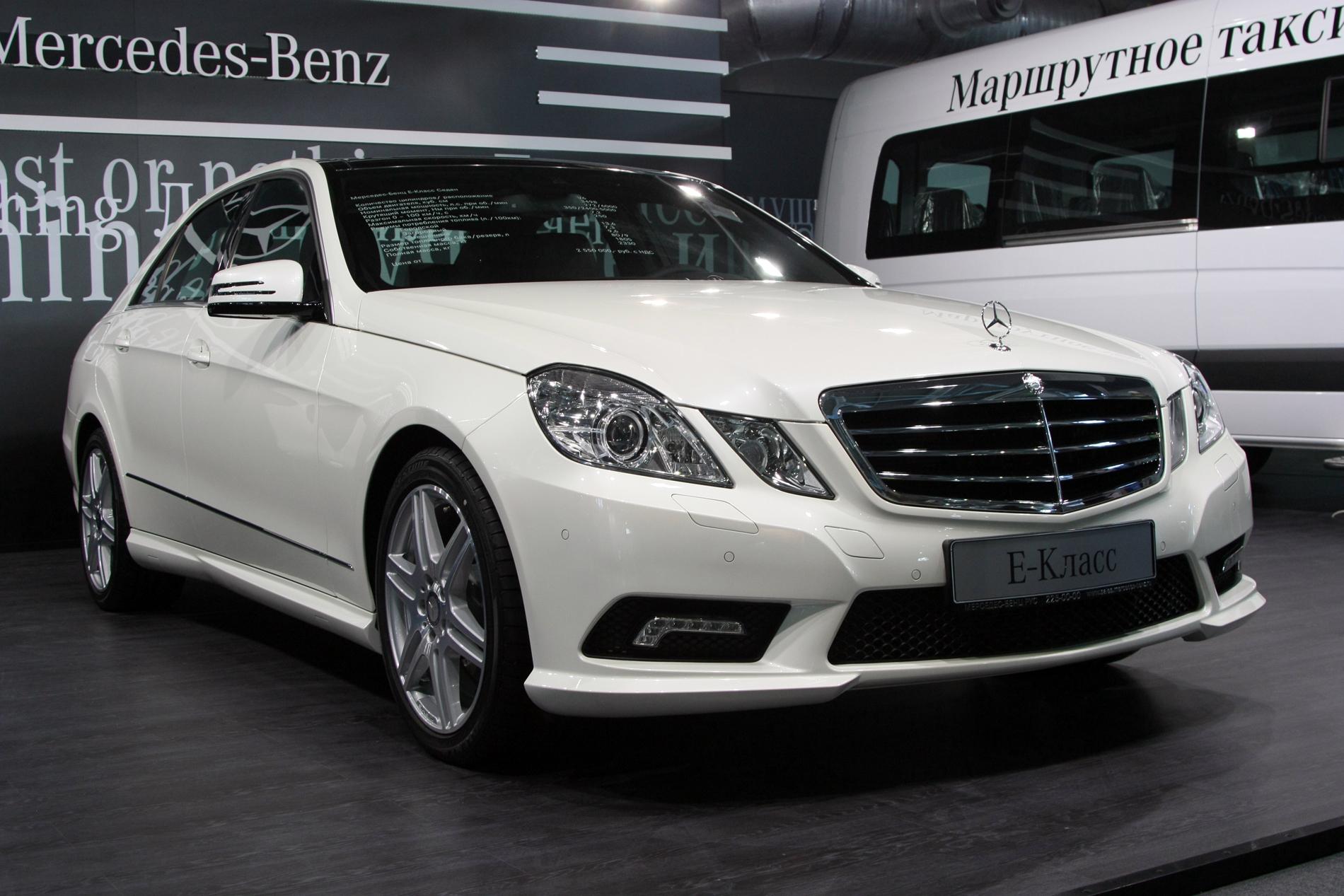 Совфед одобрил введение налога на дорогие автомобили