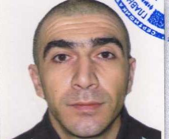 В Екатеринбурге ищут мужчину, избившего и ограбившего двух женщин