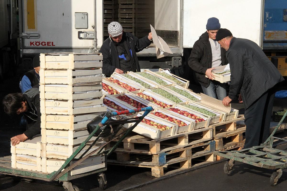Азербайджан не станет форсировать строительство овощебазы в Екатеринбурге