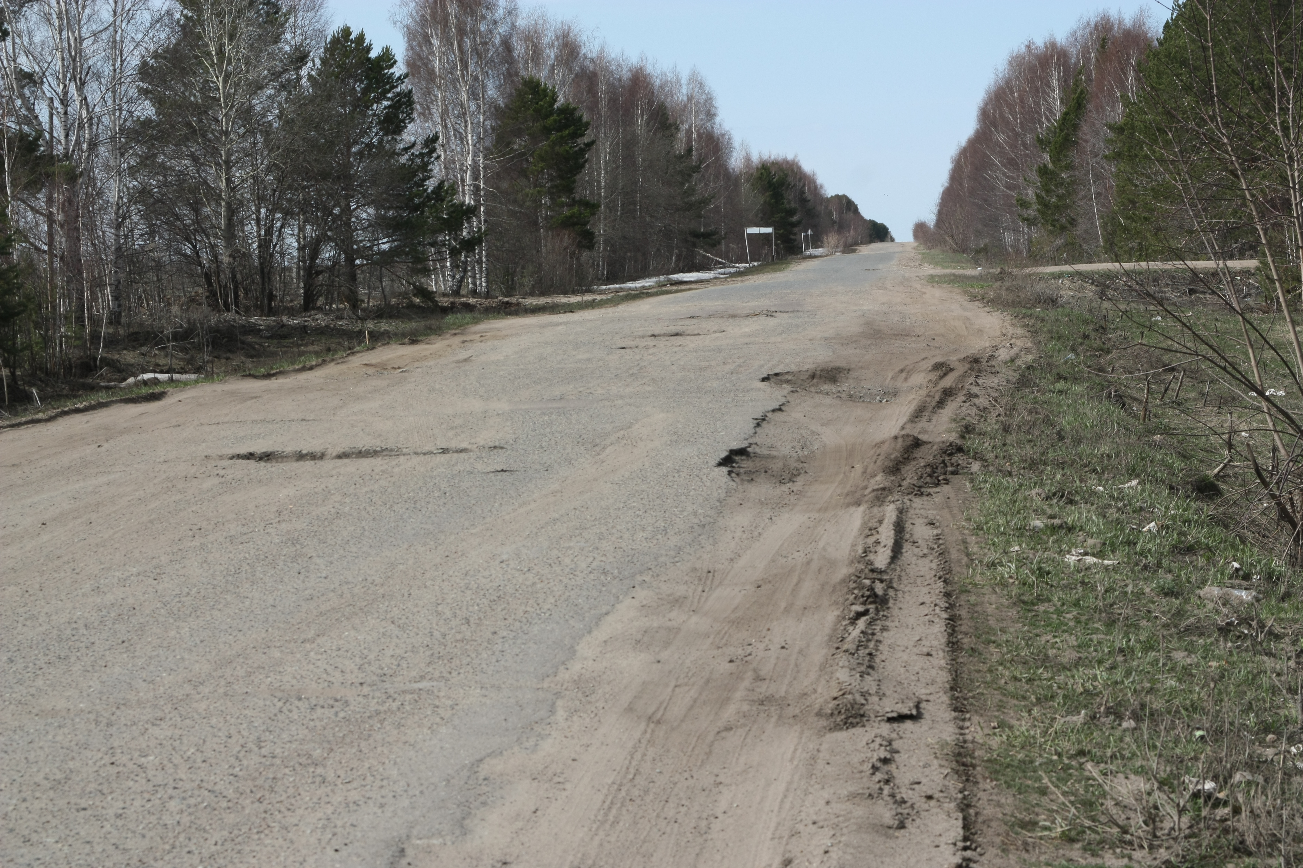 За год в Свердловской области построили 6 км дорог