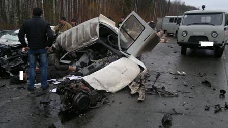 Два человека погибли в аварии «Газели» и легковушки на Серовском тракте