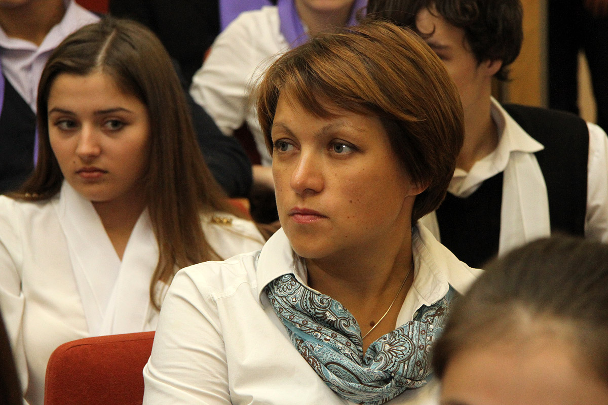 Директор 9-й гимназии заняла второе место на российском конкурсе