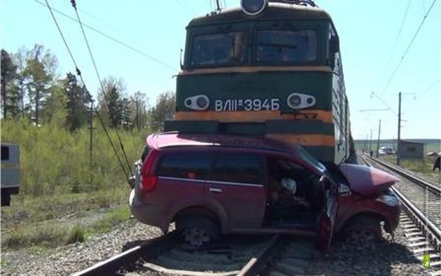 Авария на переезде в Арамиле случилась из-за плохой дороги