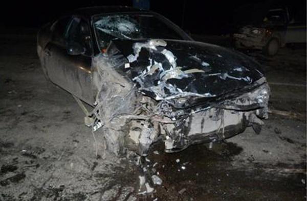 В Красноуфимске в лобовом столкновении легковушек погиб мужчина