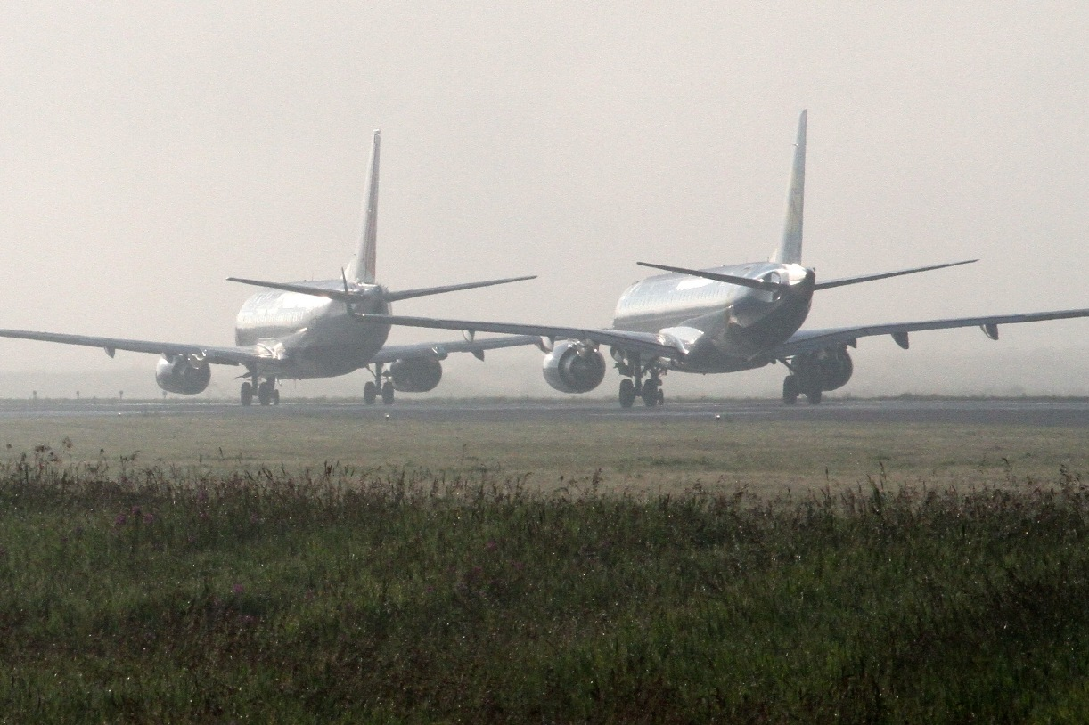 ЕС пригрозил закрыть небо для российских авиакомпаний