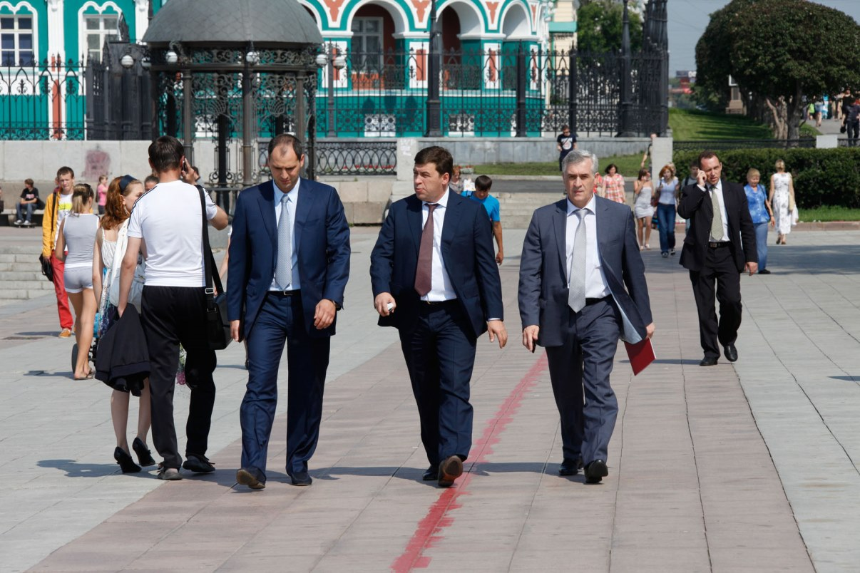 Проблема под контролем: Куйвашев предложил еще подождать доступное жилье