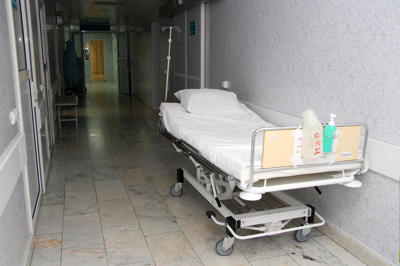 В здании екатеринбургской поликлиники нашли малыша с проломленной головой