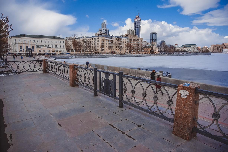 Архитекторы все придумали: мост-небоскреб, завод-музей и новый вокзал к 300-летию Екатеринбурга