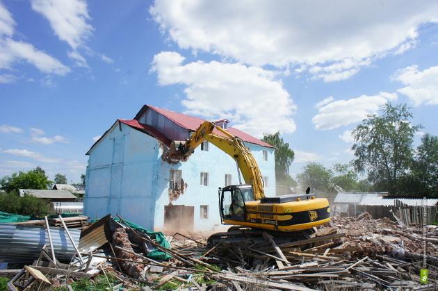 Власти Екатеринбурга грозятся снести все нелегальные дома