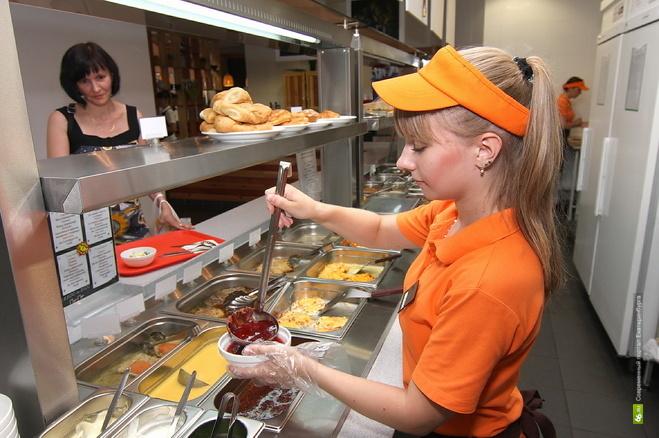 В Екатеринбурге резко вырос спрос на неопытных работников