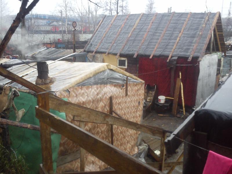 В Екатеринбурге полиция нашла лагерь цыганят-попрошаек