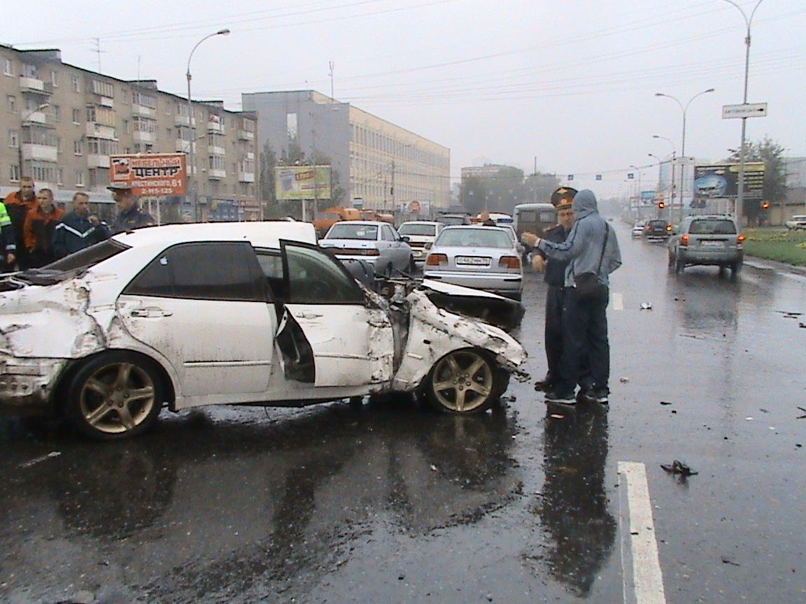 В ДТП на Машинной погиб пассажир иномарки