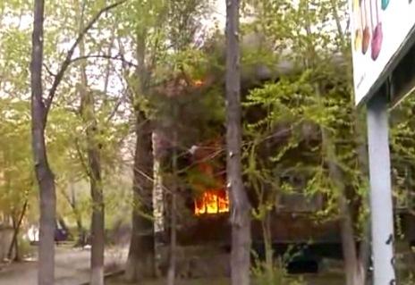 Екатеринбурженка выпрыгнула из окна, спасаясь от пожара
