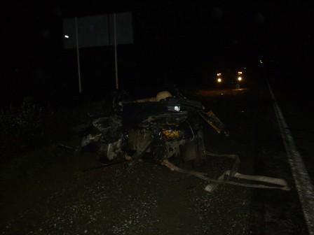 В смертельном ДТП на Серовском тракте ВАЗ вырвал мост у КамАЗа