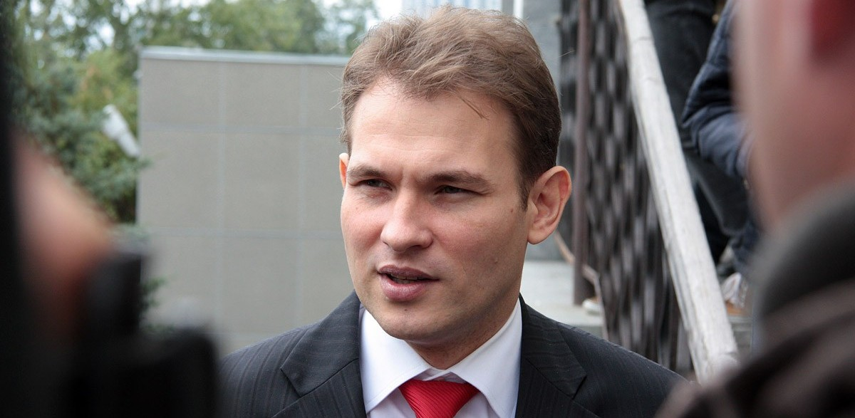 На день раньше: депутат-вымогатель Максим Петлин вышел на свободу