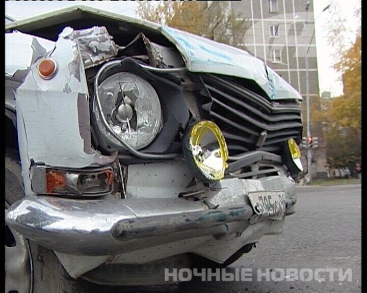 В ДТП на Уральской мать вдавила ребенка в водительское сиденье