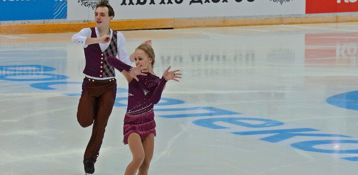 Лучшие фигуристы страны разогрели уральский лед. Первые результаты чемпионата России