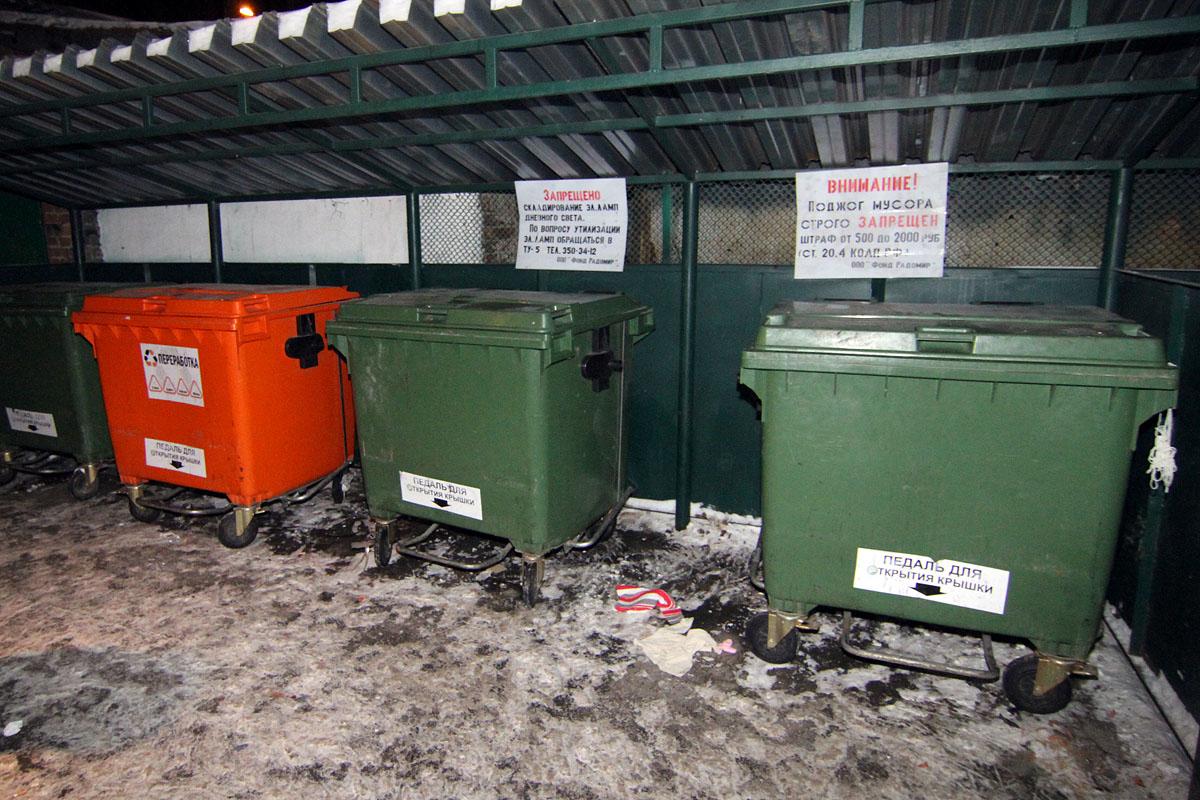 В Чкаловском районе новорожденного выбросили на помойку