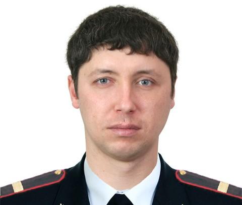 В Североуральске сотрудник ГИБДД спас водителя из горящей машины