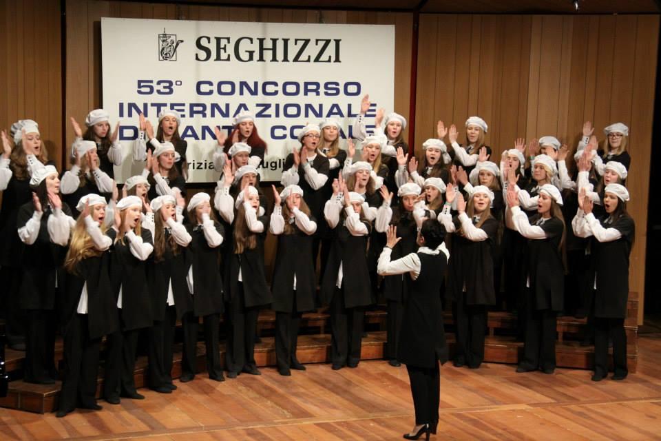 Девичий джаз-хор Детской филармонии завоевал в Италии золото и серебро