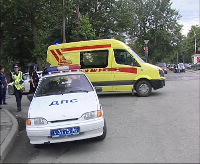 На Большакова водитель BMW не заметил 84-летнего пешехода и сбил его