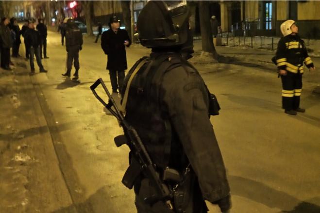 «Опять в дурдом упекут!» Наркоманка, захватившая заложников на Эльмаше, увернется от тюрьмы