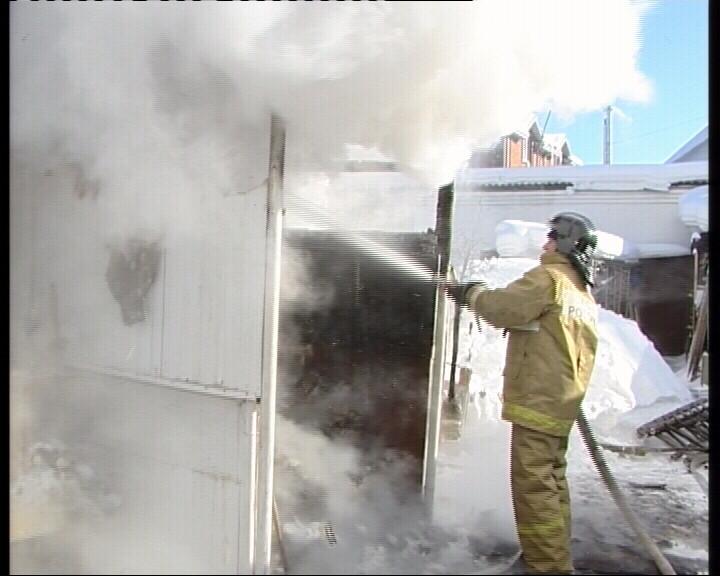 В доме на Ясной взорвался баллон. Пожилая пара чудом спаслась
