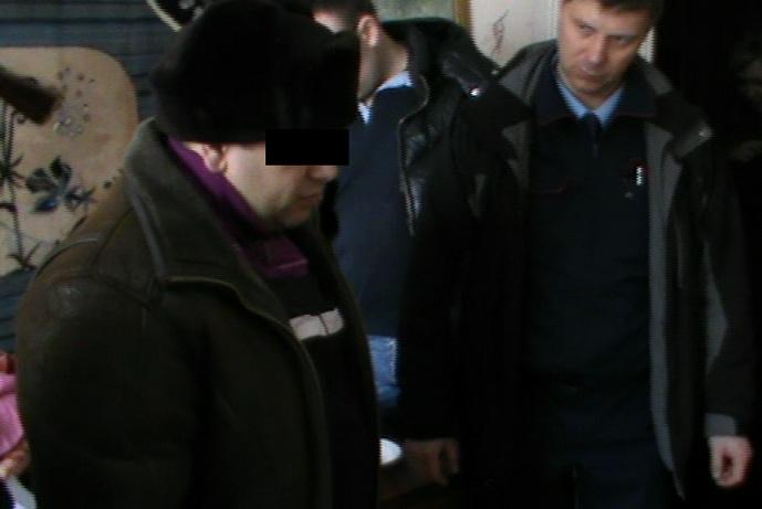 В Екатеринбурге бывший зэк вырезал семью своей тети