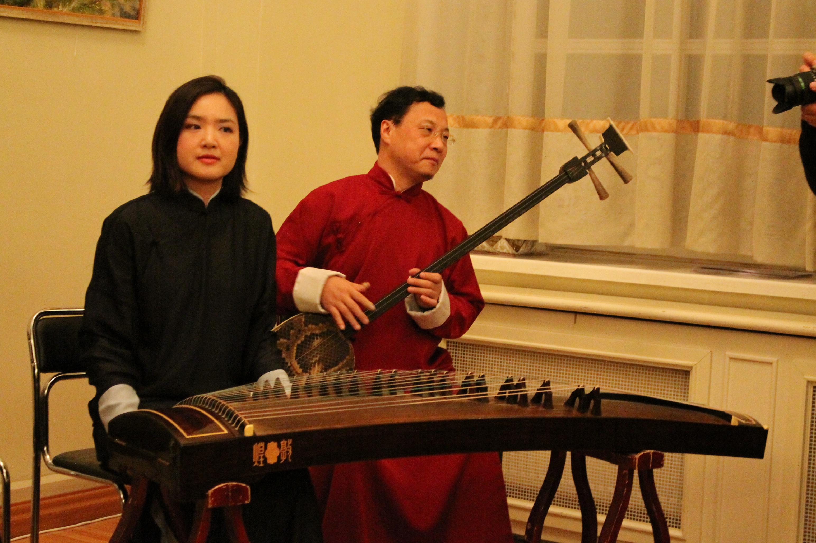 Оркестр из Гонконга привез в Екатеринбург старинные китайские инструменты