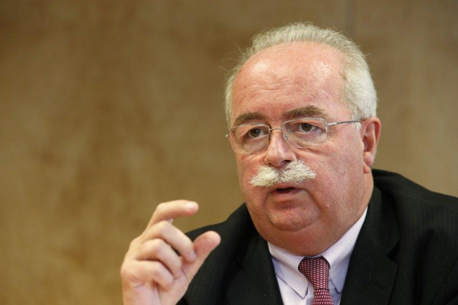 Перед смертью глава нефтяной компании Total выступил против санкций ЕС