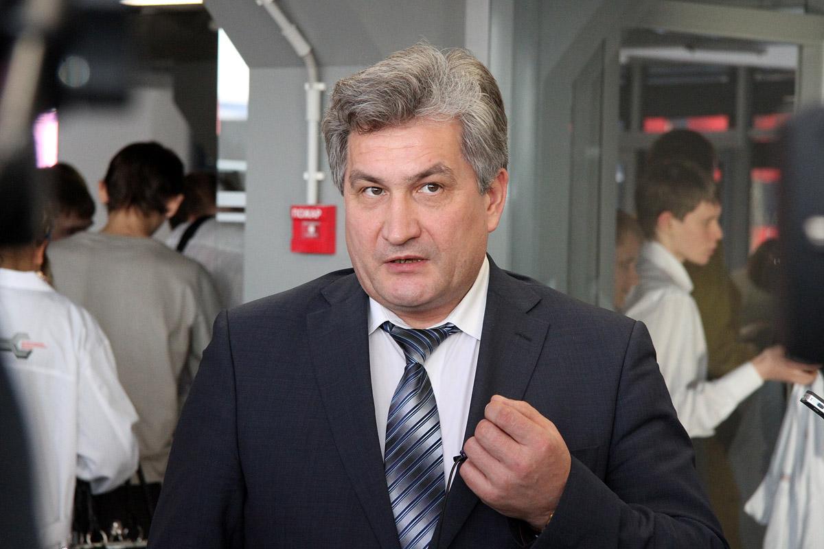 Министр образования: «Зарплата учителей в Екатеринбурге не упадет, а вырастет»