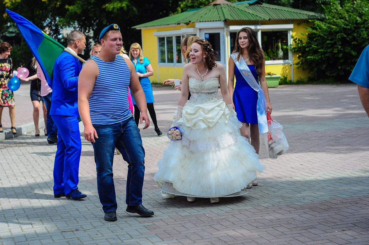 «Никто кроме нас»: Екатеринбург отпраздновал День ВДВ