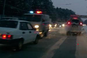 В Каменске полиция, спеша на вызов, зацепила несколько машин