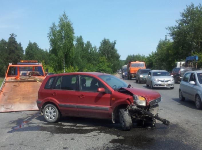 В Екатеринбурге в двух ДТП пострадали дети