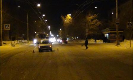 В Каменске-Уральском на пешеходном переходе сбили девушку