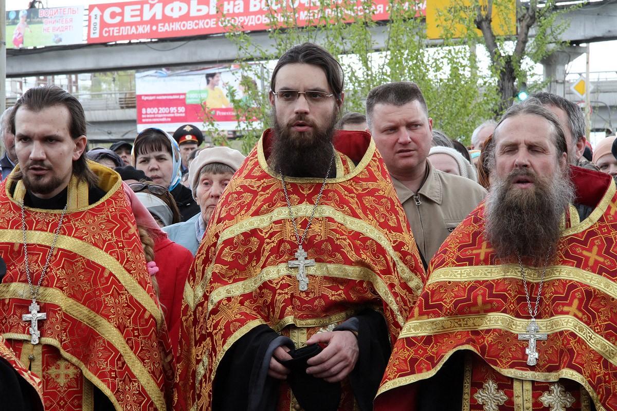 Под Екатеринбургом на сутки перекроют дороги на время крестного хода