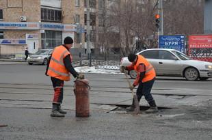 Екатеринбургские дорожники отчитались о заделывании очередной ямы