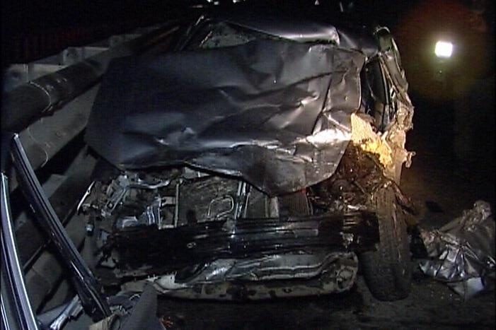На ЕКАД водитель Hyundai погиб, врезавшись в тягач
