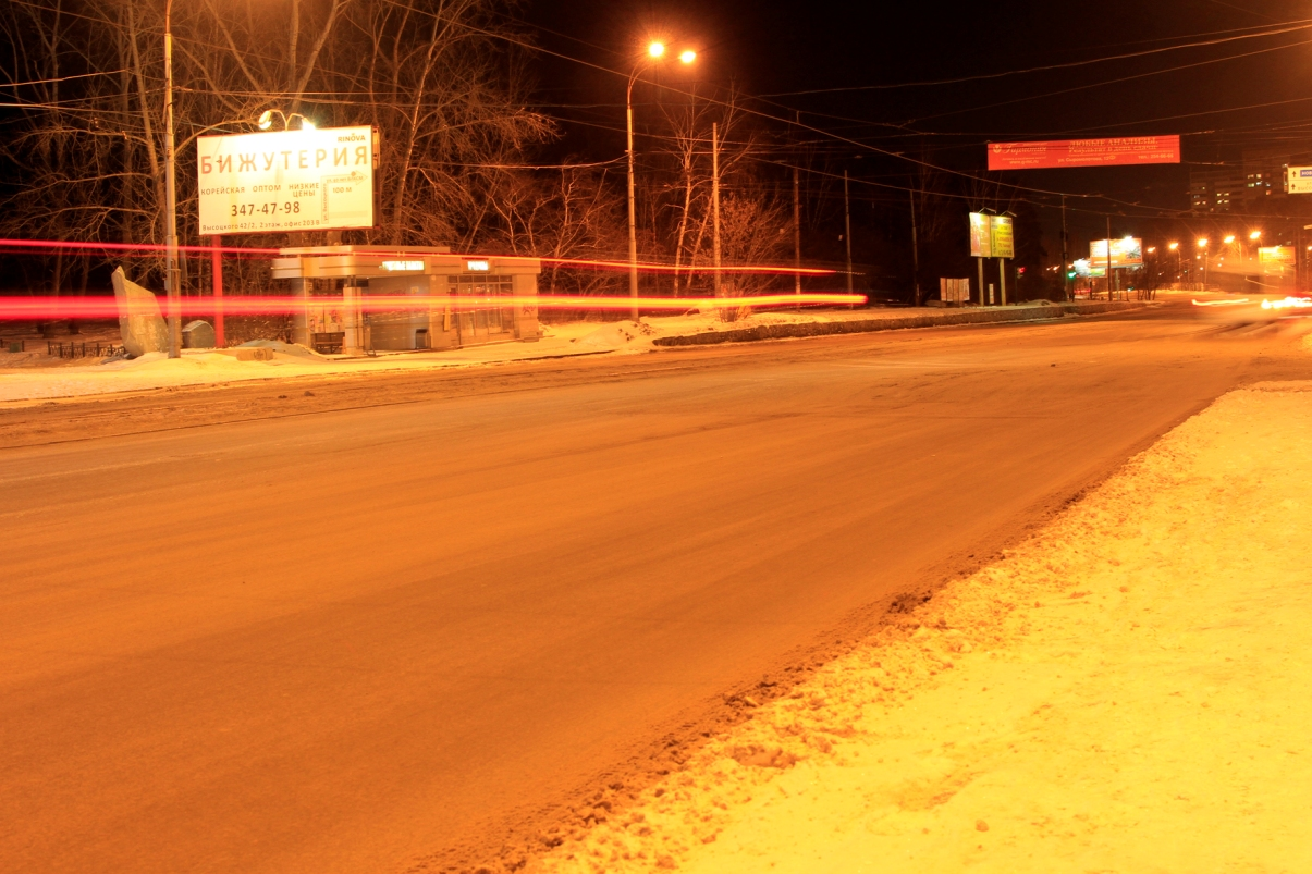 Коммунальщики постарались: после снегопада Екатеринбург не превратился в сугроб