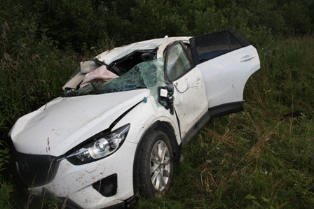 Mazda на встречке врезалась в ВАЗ. Погибли мать и ребенок