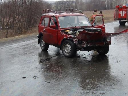Машина с автоинспекторами столкнулась с «семеркой» в Байкалово