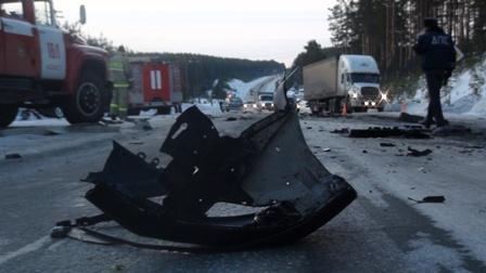 На трассе Белоярский — Асбест разбился водитель Peugeot